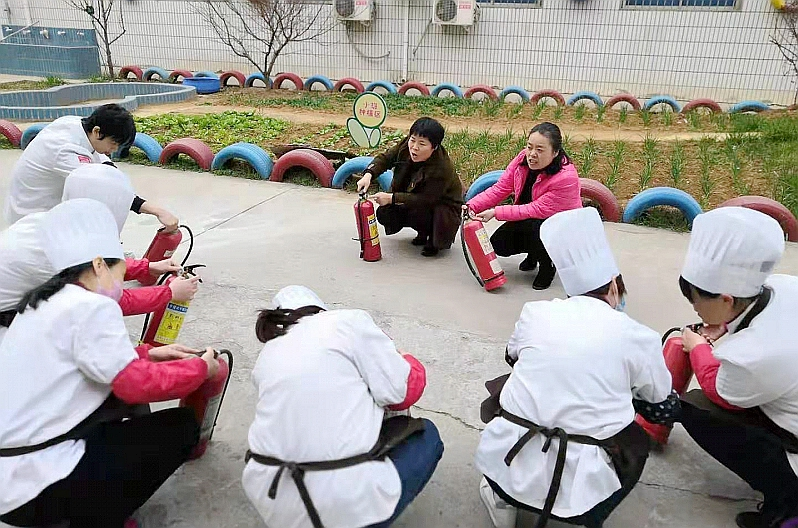 孟津县第一县直幼儿园全面检查排除安全隐患